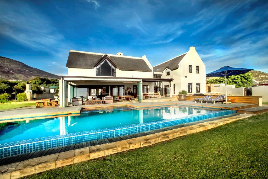 Maison unifamiliale pour l Vente à COUNTRY HOME Cape Town, Cap-Occidental, 7975 Afrique Du Sud