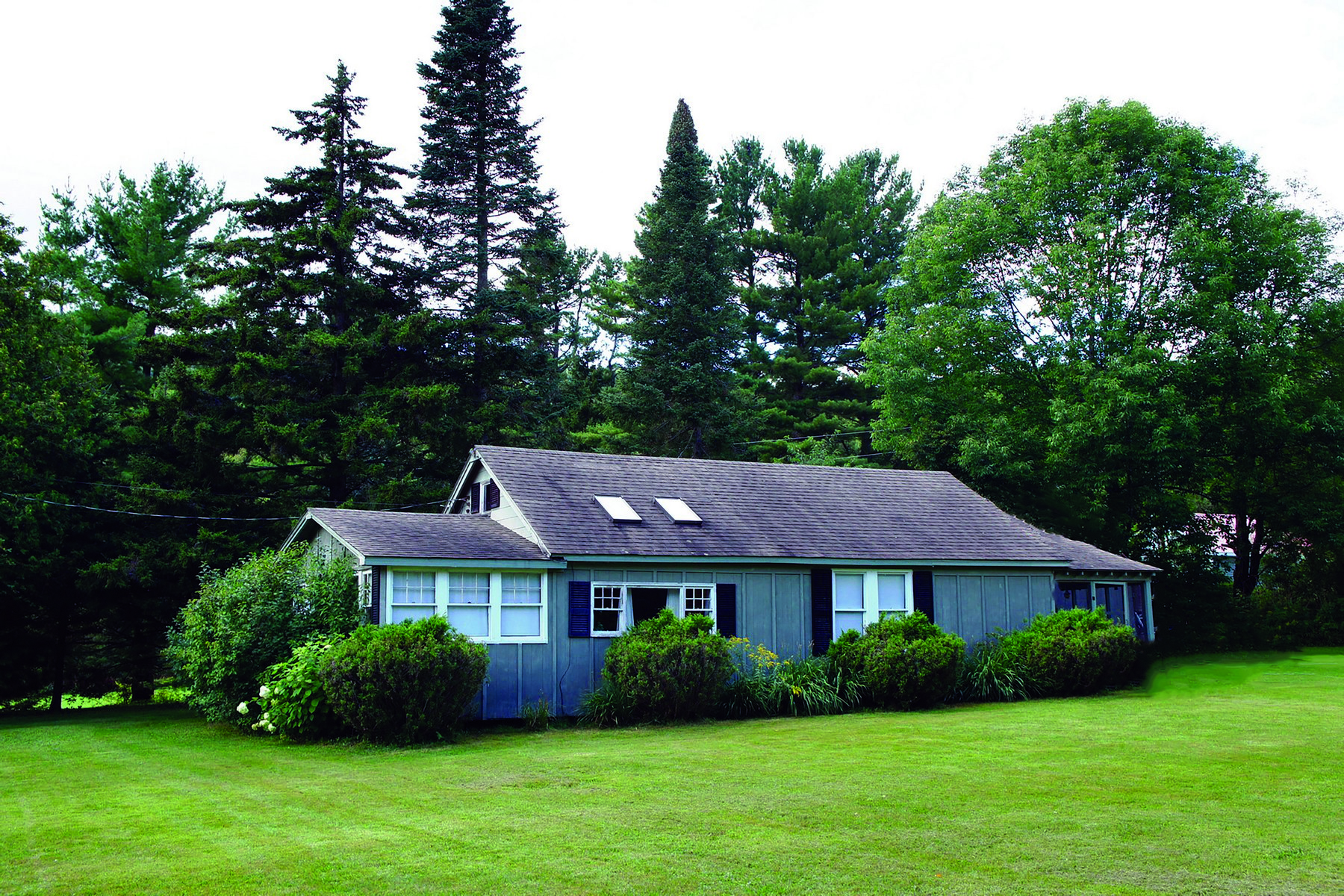 Single Family Home for Sale at 218 Beach Road, Elmore 218 Beach Rd Elmore, Vermont 05474 United States