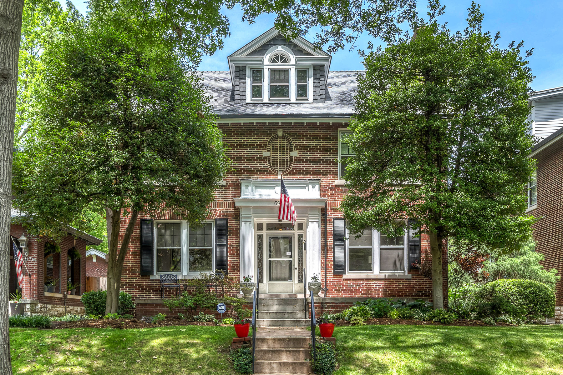 Property For Sale at Pershing Ave