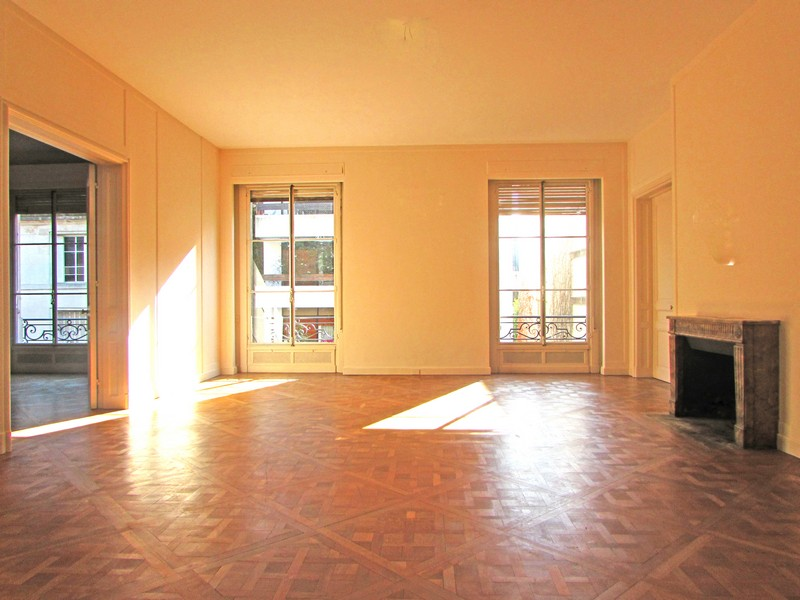 rentals property at French Style Apartment - Parera