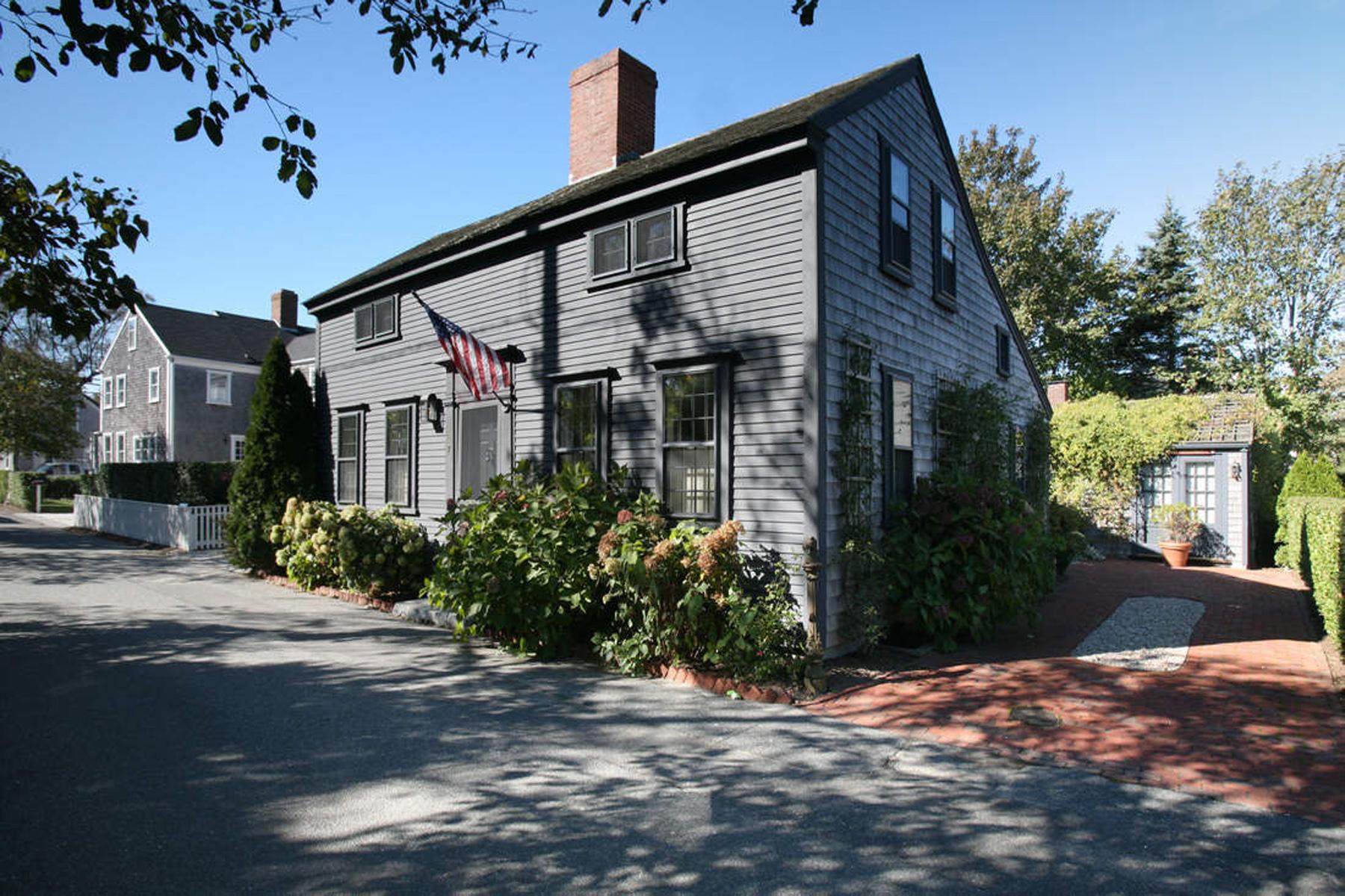 Einfamilienhaus für Verkauf beim Special and Unique! 7 Spring Street Nantucket, Massachusetts 02554 Vereinigte Staaten