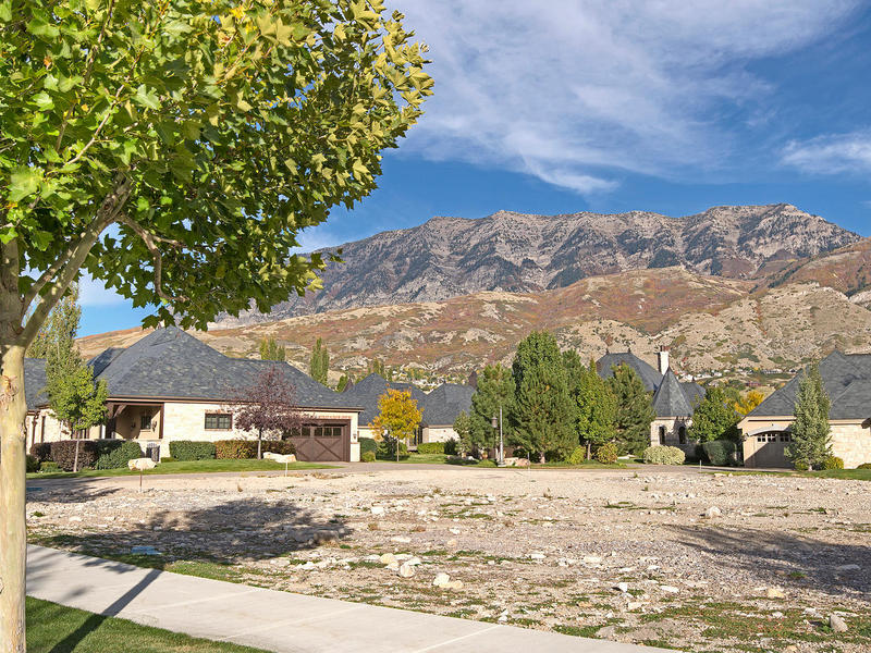Terreno por un Venta en Stunning Stone Gate Lot Opportunity 4223 N Stone Creek Ln Lot 39 Provo, Utah 84604 Estados Unidos