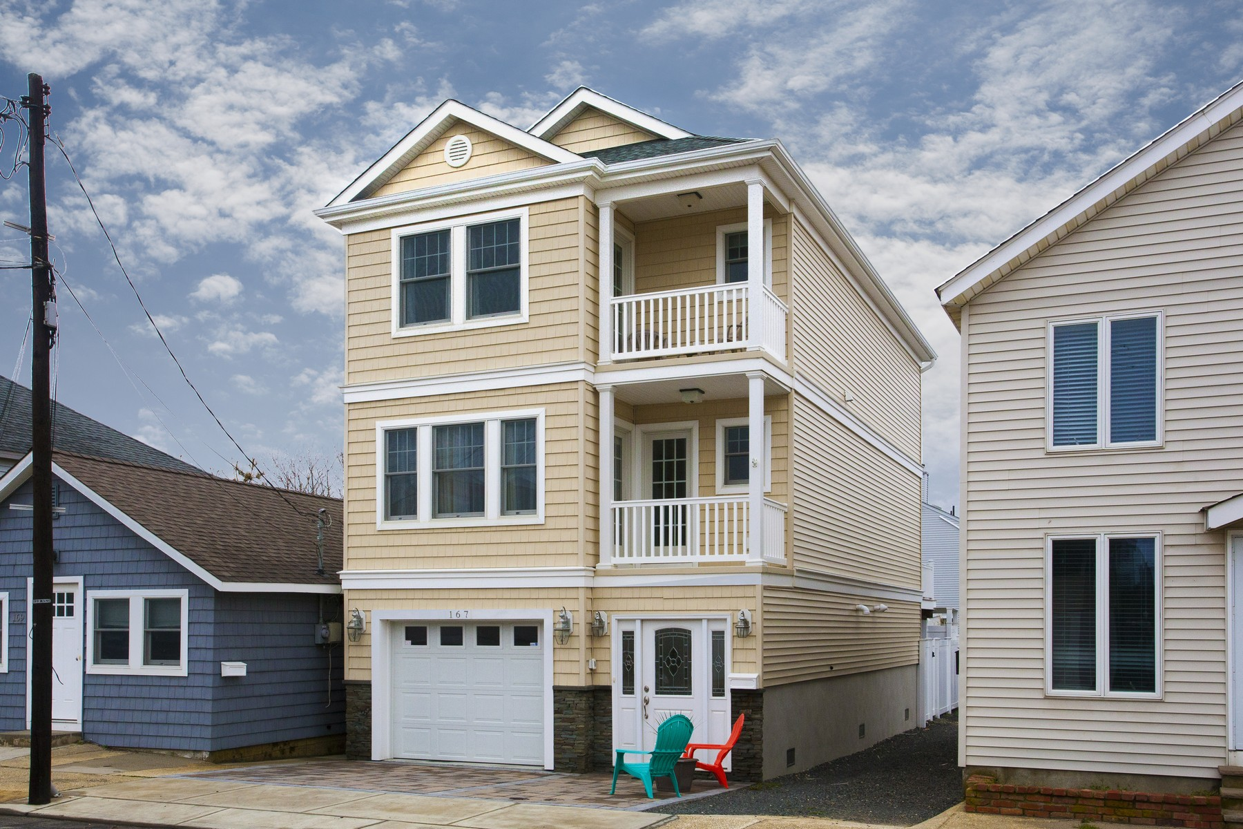 Single Family Home for Sale at Seashore Colonial 167 First Avenue Manasquan, New Jersey, 08736 United States