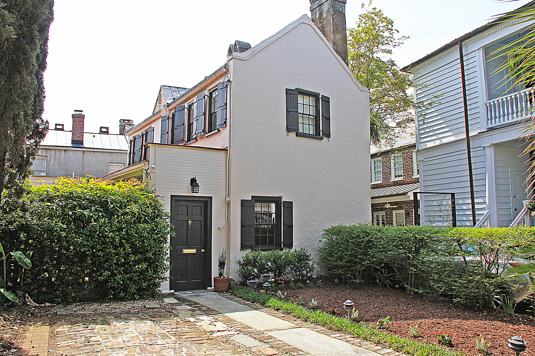 Single Family Home for Sale at 281 E Bay Street Ansonborough, Charleston, South Carolina, 29401 United States