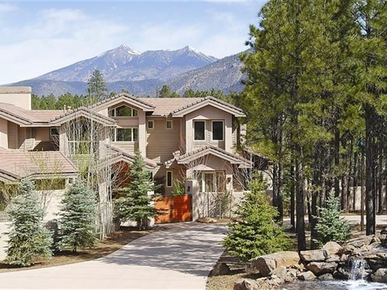Single Family Home for Sale at Inspiring Mountain Views 351 N Sky View ST Flagstaff, Arizona 86004 United States