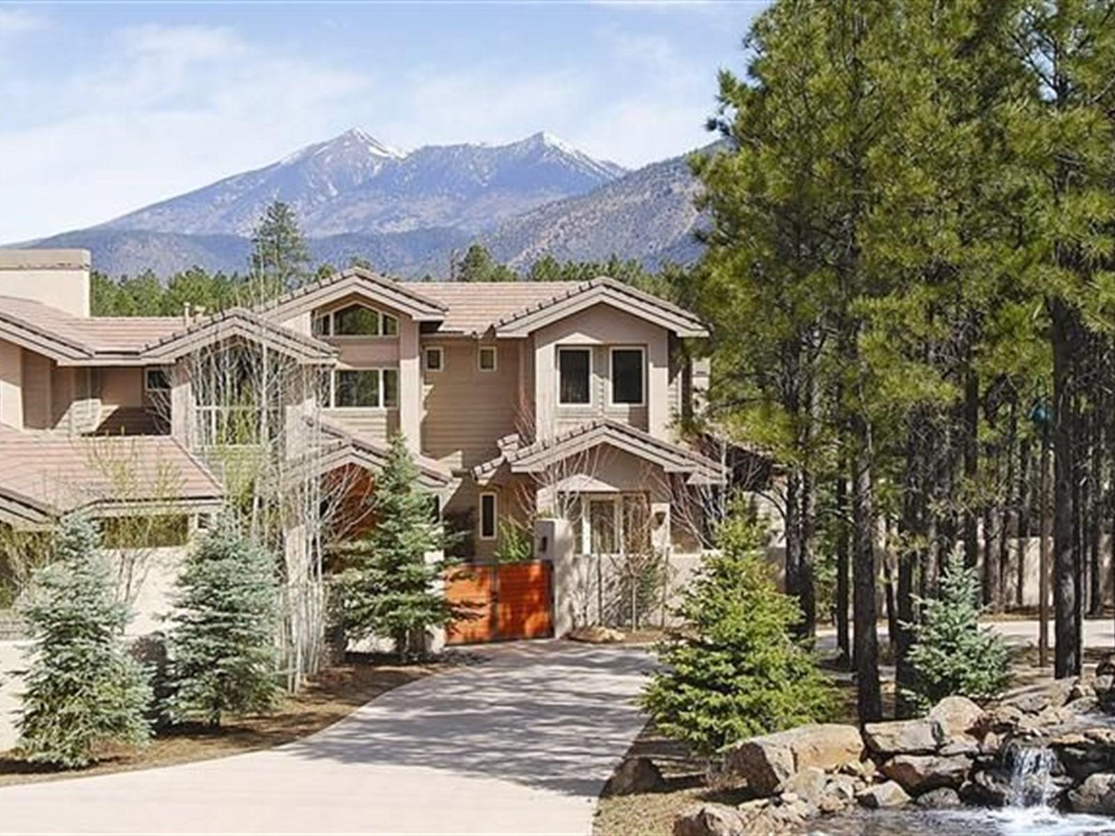 Nhà ở một gia đình vì Bán tại Inspiring Mountain Views 351 N Sky View ST Flagstaff, Arizona 86004 Hoa Kỳ
