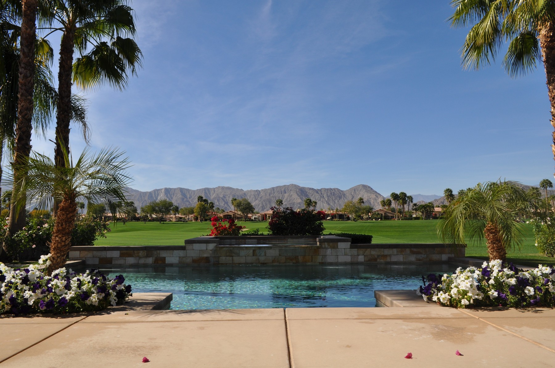 Single Family Home for Sale at 79981 Rancho La Quinta Drive La Quinta, California 92253 United States
