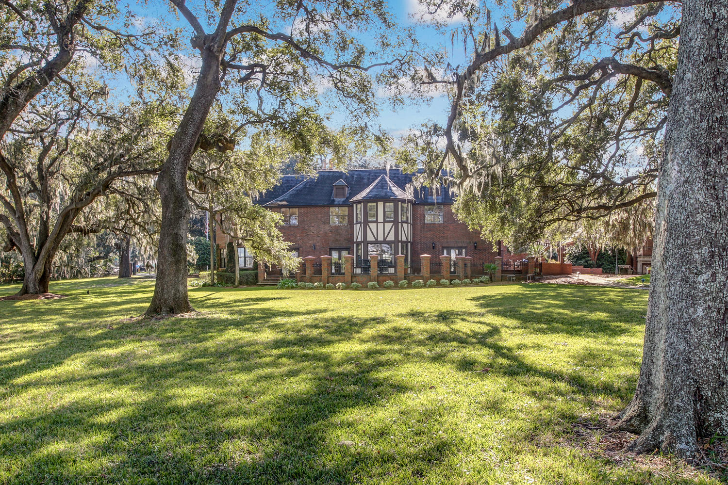 Additional photo for property listing at 1108 Palmer Terrace  Jacksonville, Florida 32207 United States