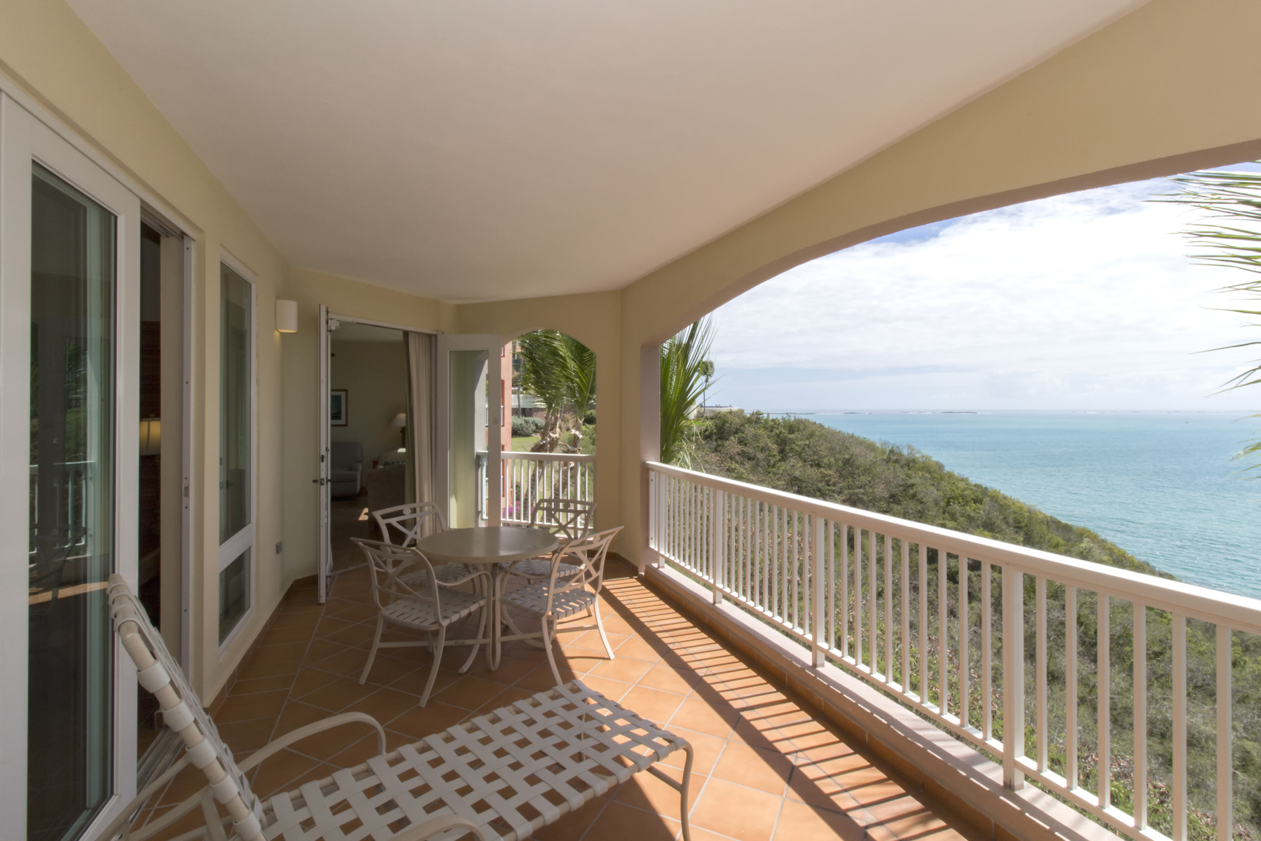 Additional photo for property listing at Waterfront Villa at A Waldorf Astoria Resort 1000 El Conquistador  Ave Las Casitas II Apt. 108 Fajardo, Puerto Rico 00738 Puerto Rico