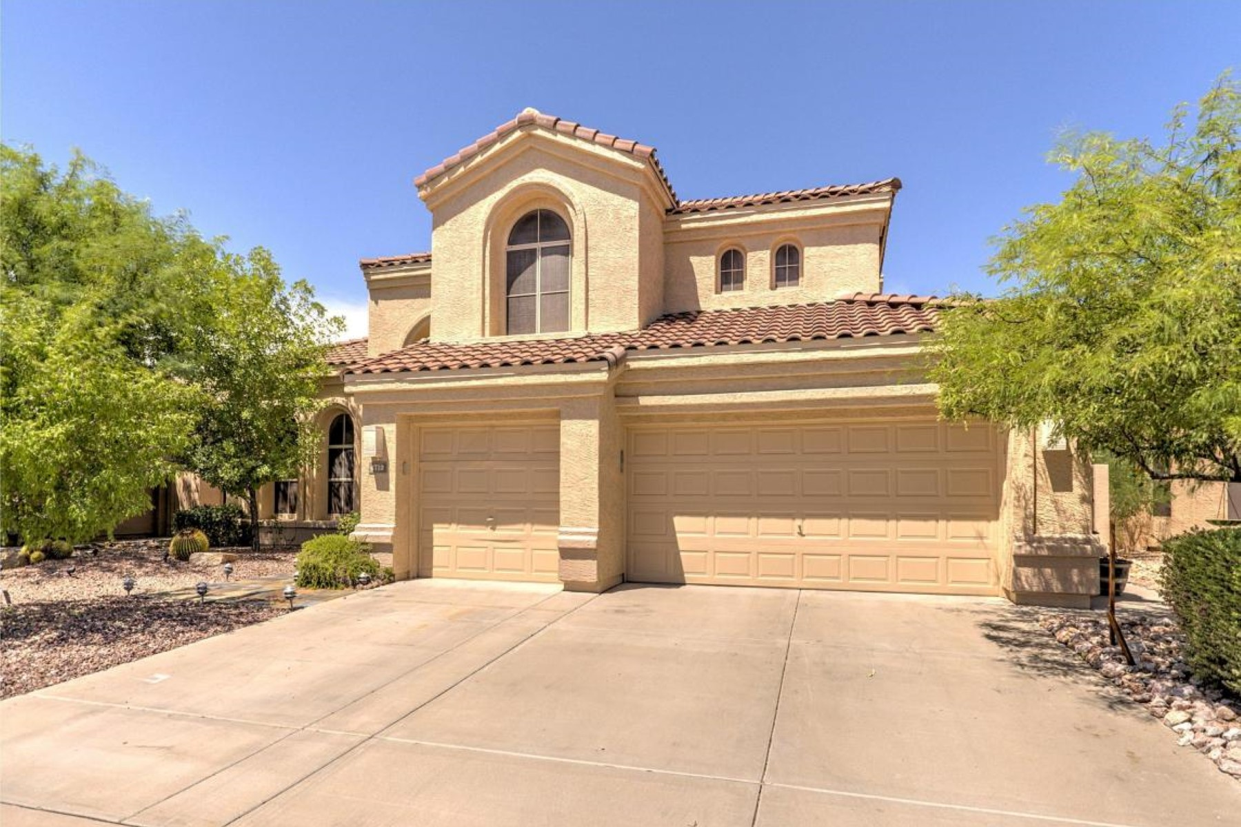 Vivienda unifamiliar por un Venta en Lovely two story home in Desert Ridge 4712 E Williams Dr Phoenix, Arizona, 85050 Estados Unidos