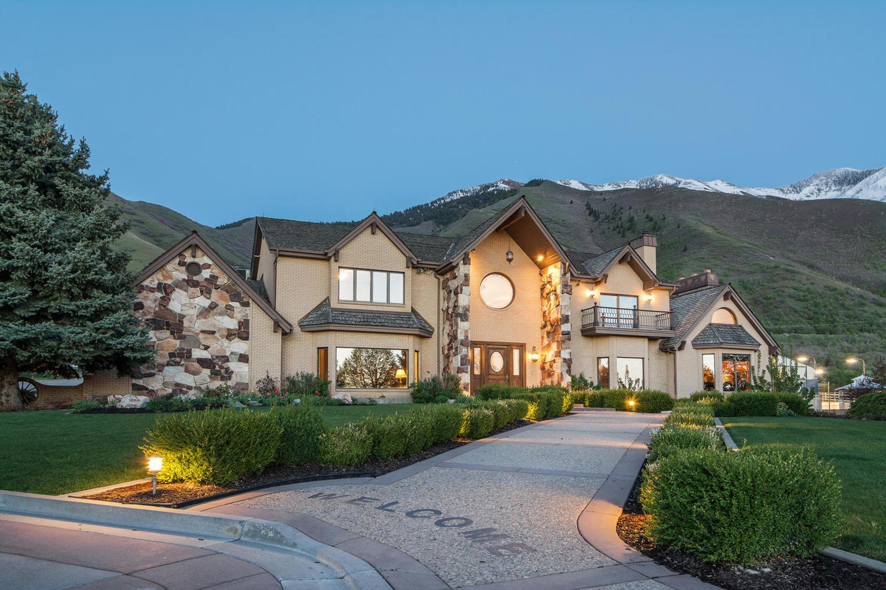 Property Of Maple Mountain Estate