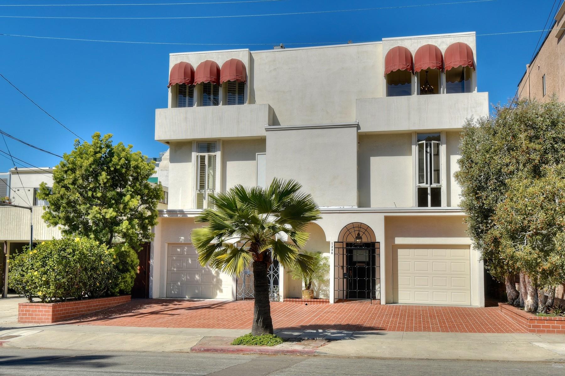 Casa Unifamiliar Adosada por un Venta en 1230 Cave Street La Jolla, California 92037 Estados Unidos
