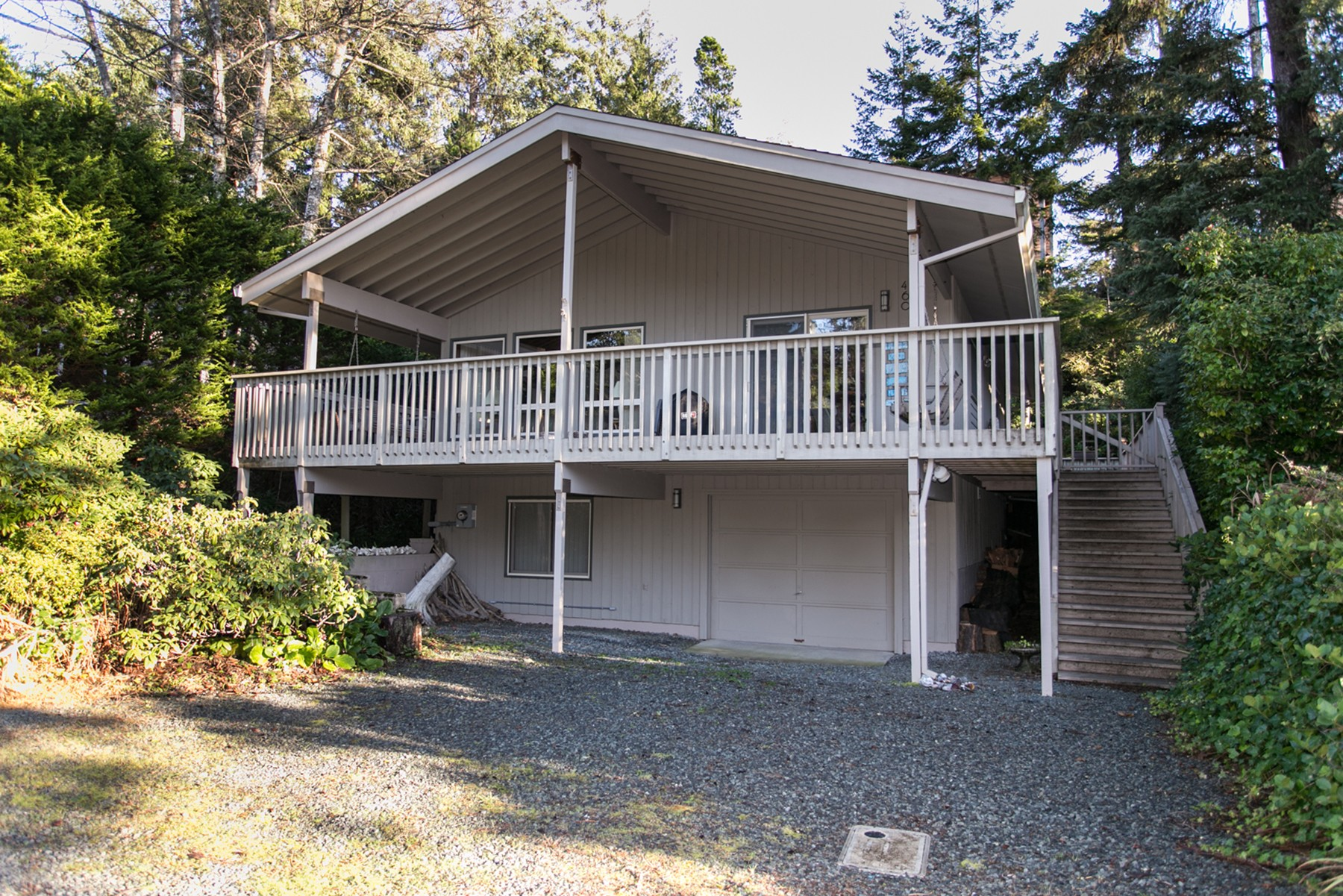 Maison unifamiliale pour l Vente à Just a Short Walk to the Beach 460 1st Street N. Manzanita, Oregon 97130 États-Unis