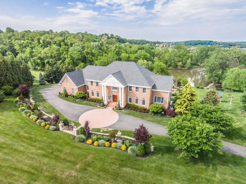 Single Family Home for Sale at Timeless Georgian Estate 17163 Silver Charm Place Leesburg, Virginia, 20176 United States