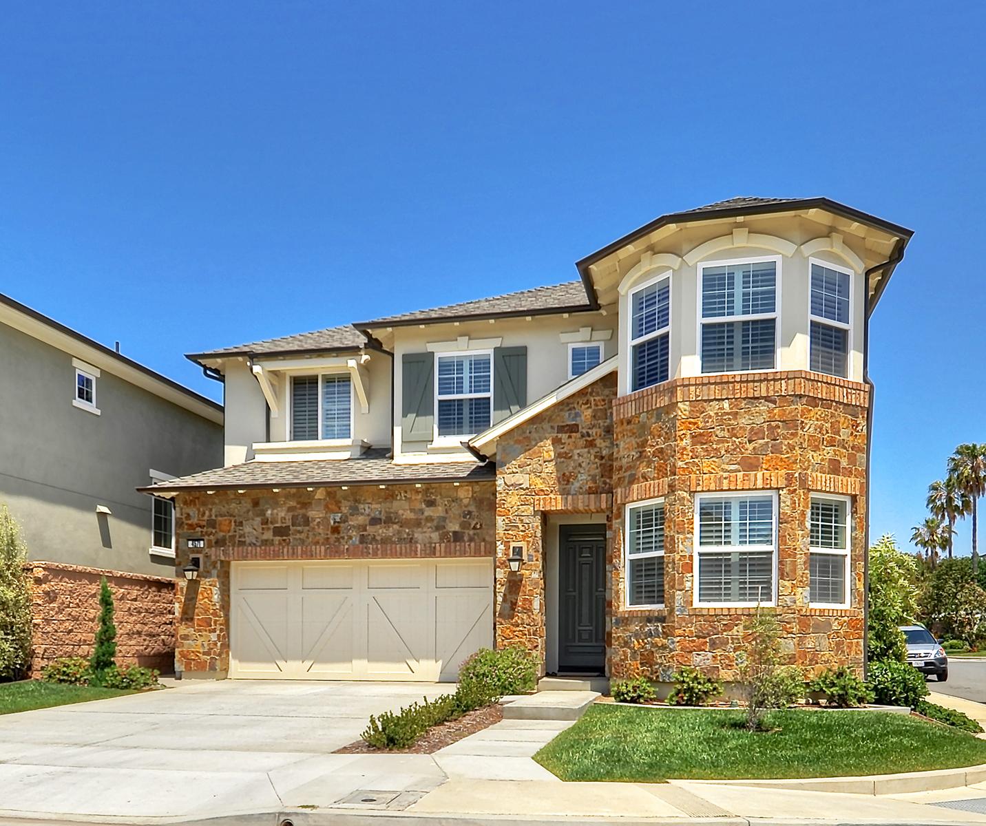 Частный односемейный дом для того Продажа на 4571 Wellfleet Huntington Beach, Калифорния, 92649 Соединенные Штаты