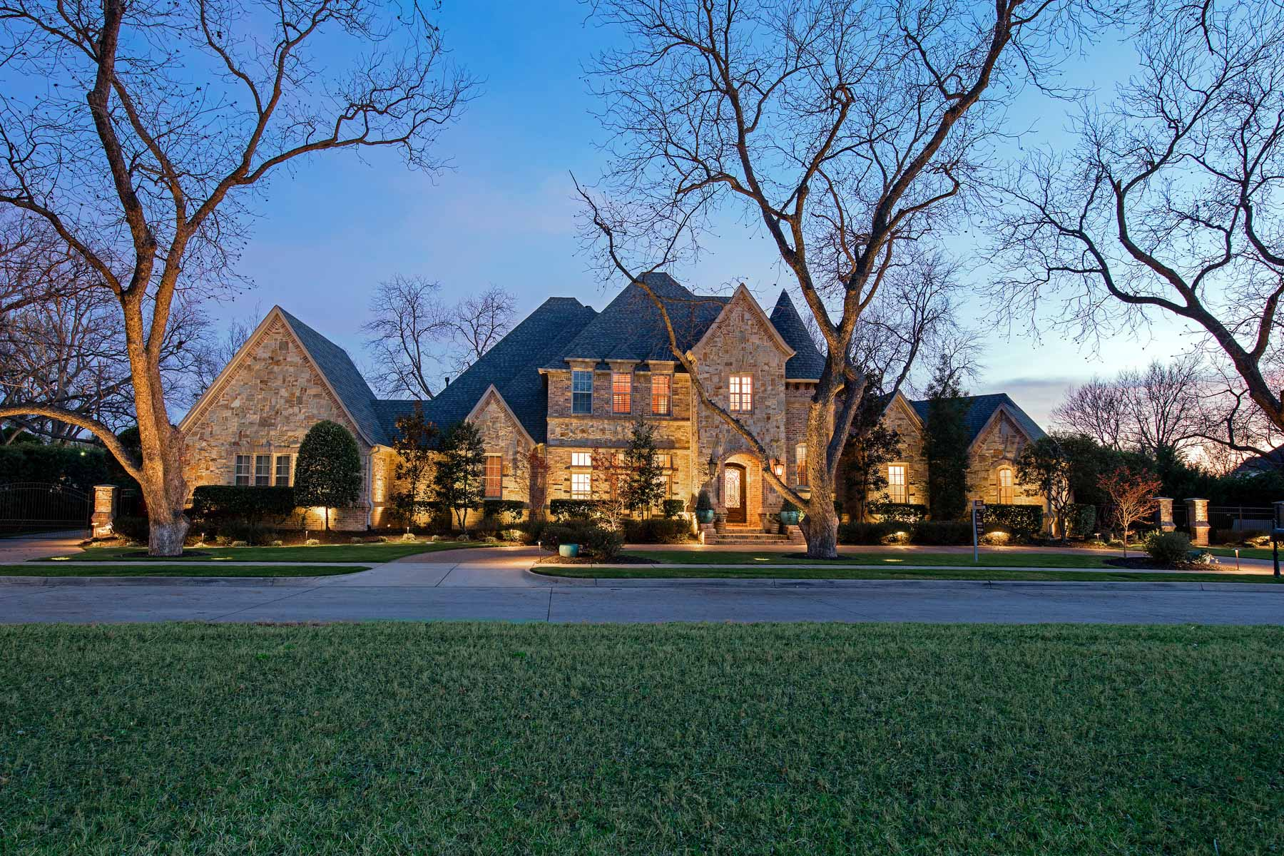 sales property at Traditional Estate Home on a .69 Acre Lot in Southlake's Popular Estes Park