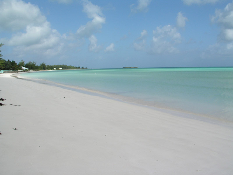 Additional photo for property listing at Bahama Breeze - Great Harbour Views! Spanish Wells, Eleuthera Bahamas