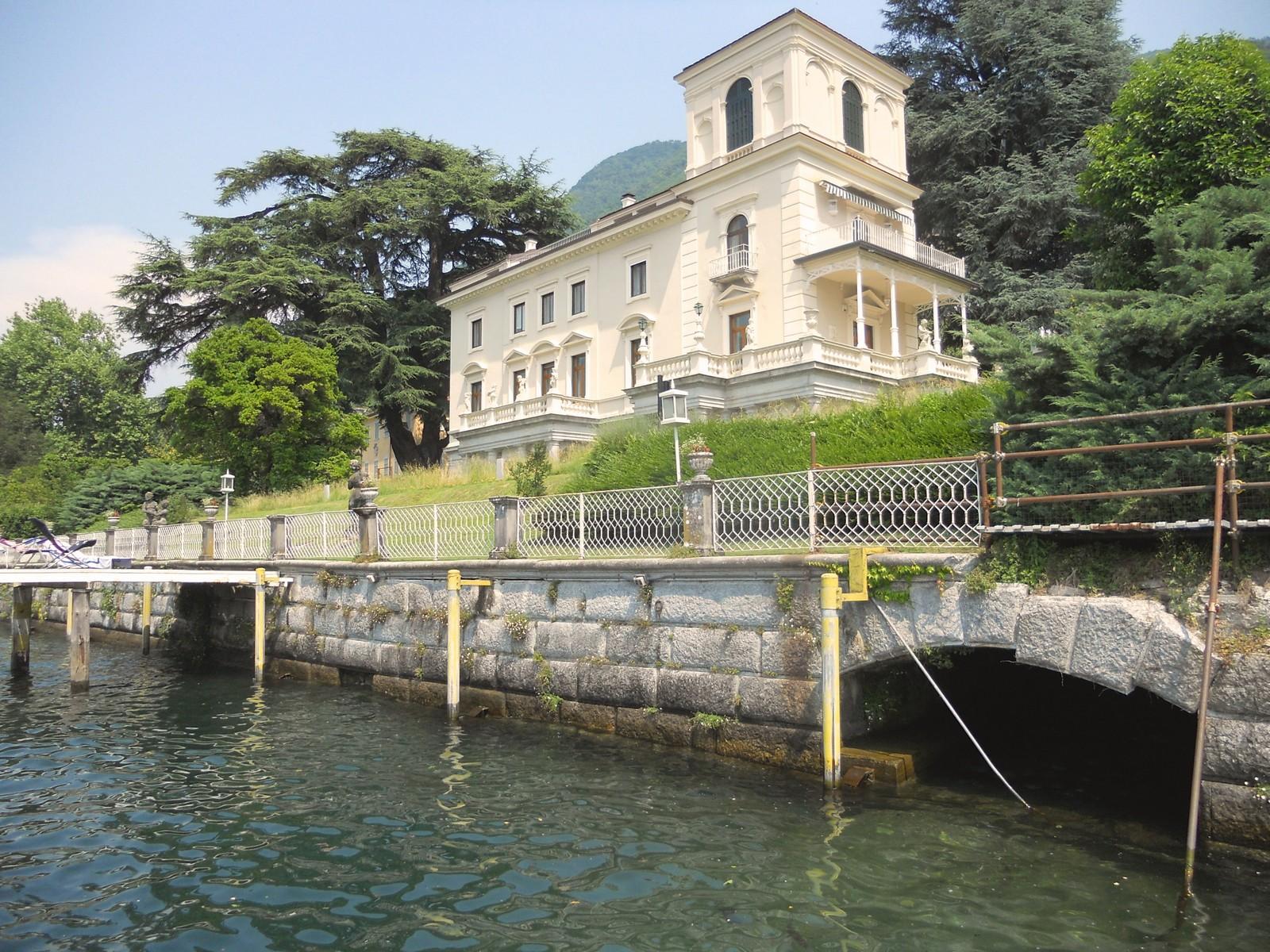 Property For Sale at Prestigious apartment in period villa on Lake Como