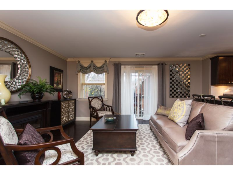 Eigentumswohnung für Verkauf beim New Luxury Condos 93 Maple St. #201 Glens Falls, New York 12801 Vereinigte Staaten