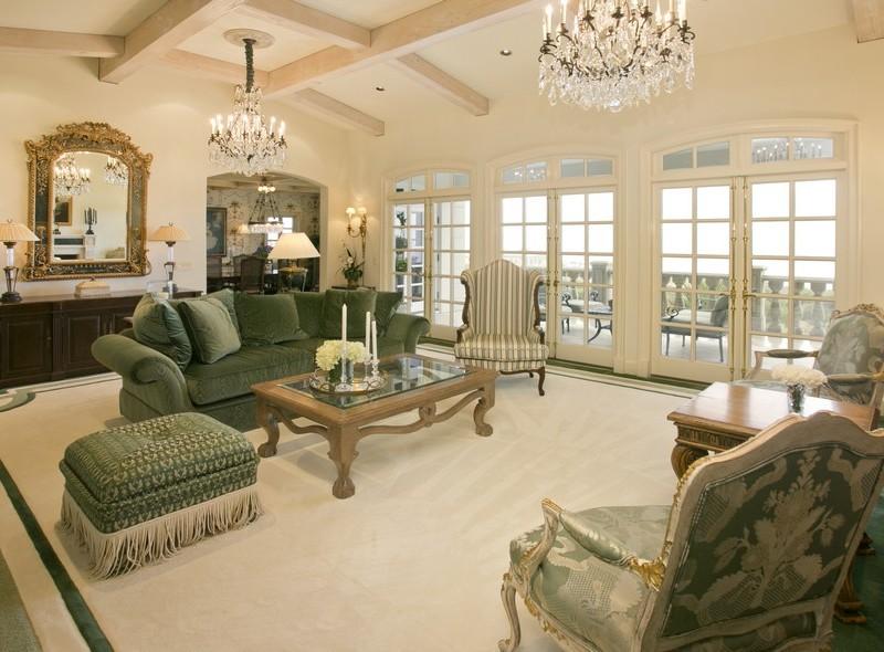 獨棟家庭住宅 為 出售 在 Traditional Elegance 97 Laurel Drive Rancho Palos Verdes, 加利福尼亞州 90275 美國
