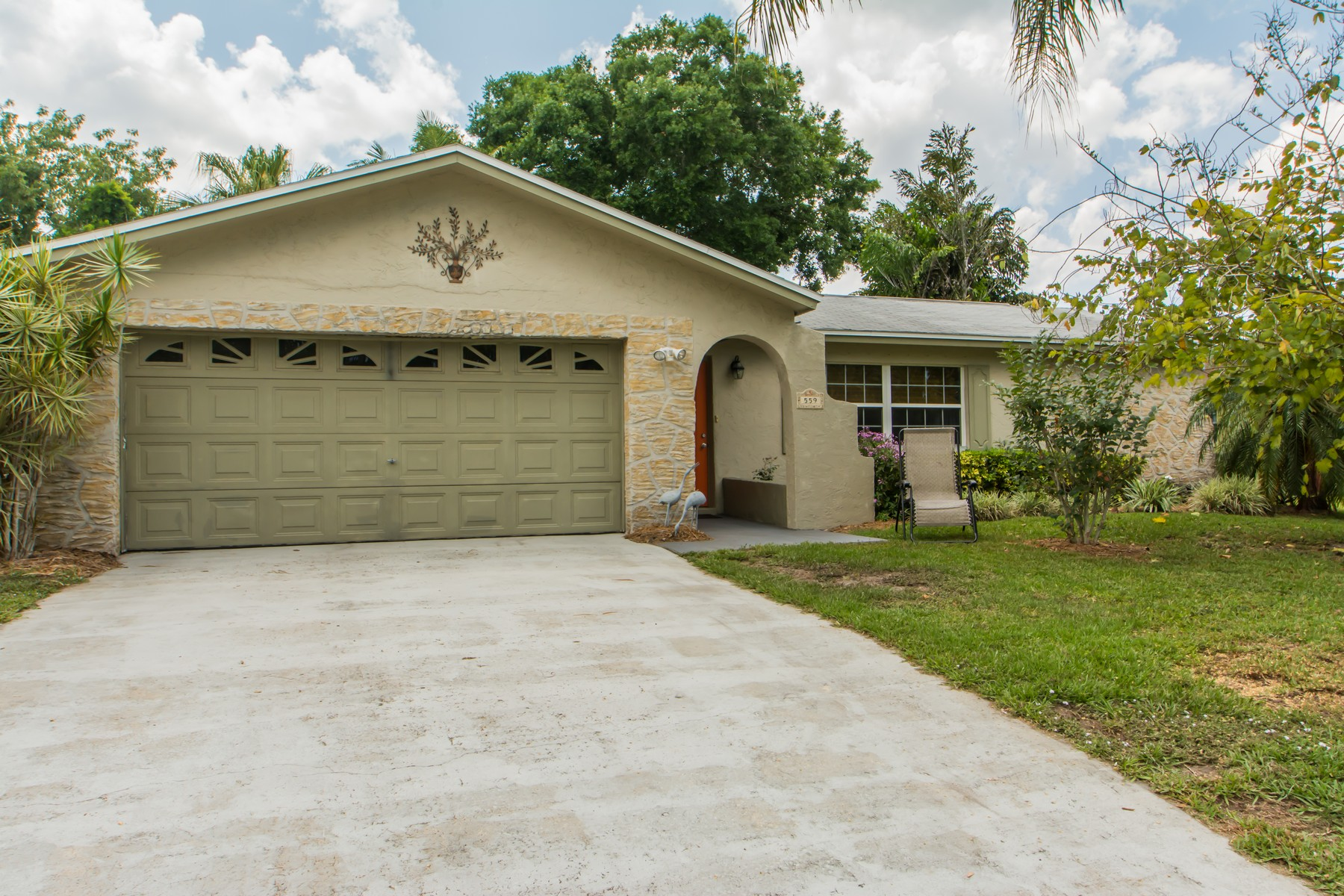 Single Family Home for Sale at 559 Edwards Road 559 Edward Road West Melbourne, Florida, 32904 United States