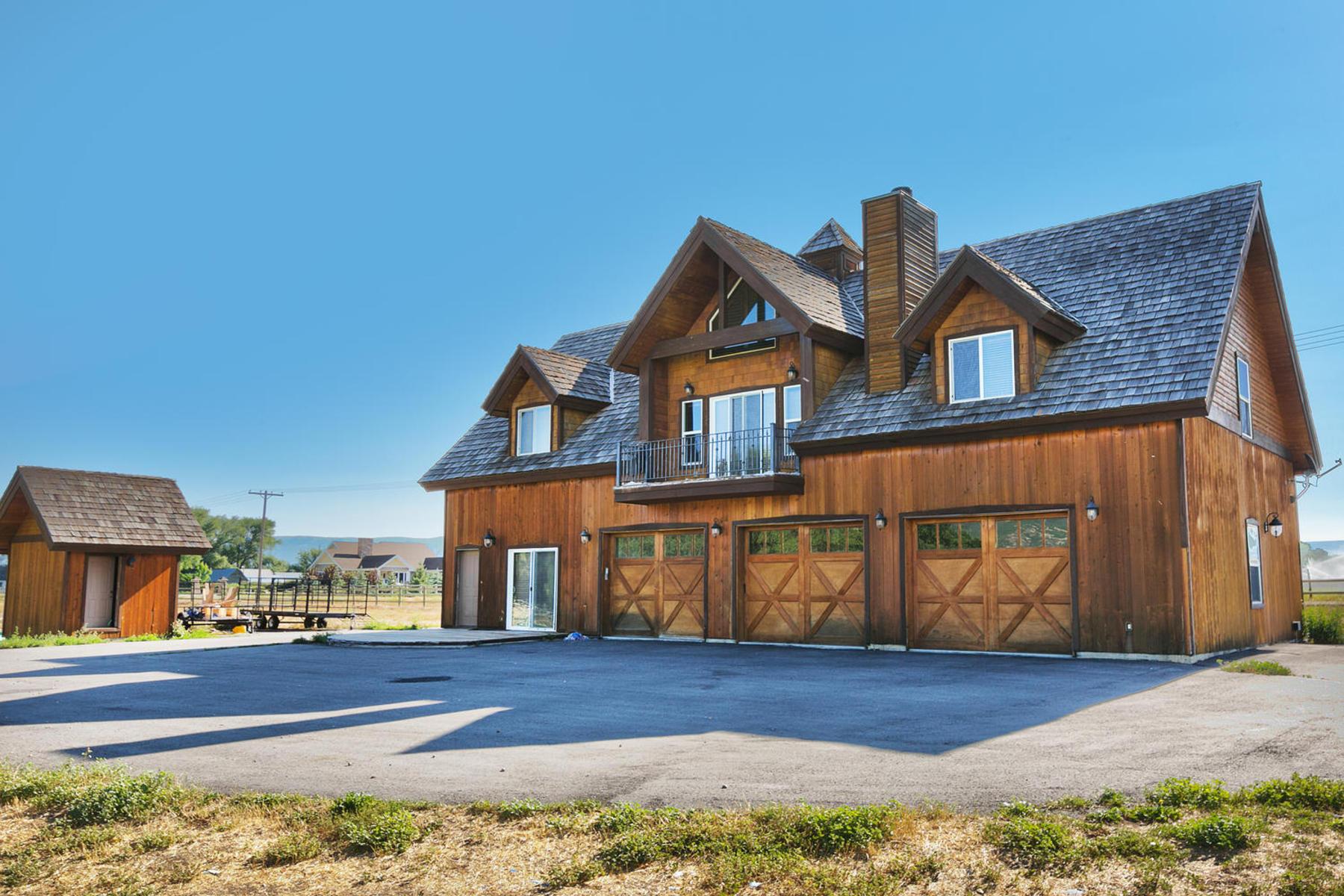 단독 가정 주택 용 매매 에 Delightful Home on 8.5 Acres 2790 South 3600 West Charleston, 유타 84049 미국
