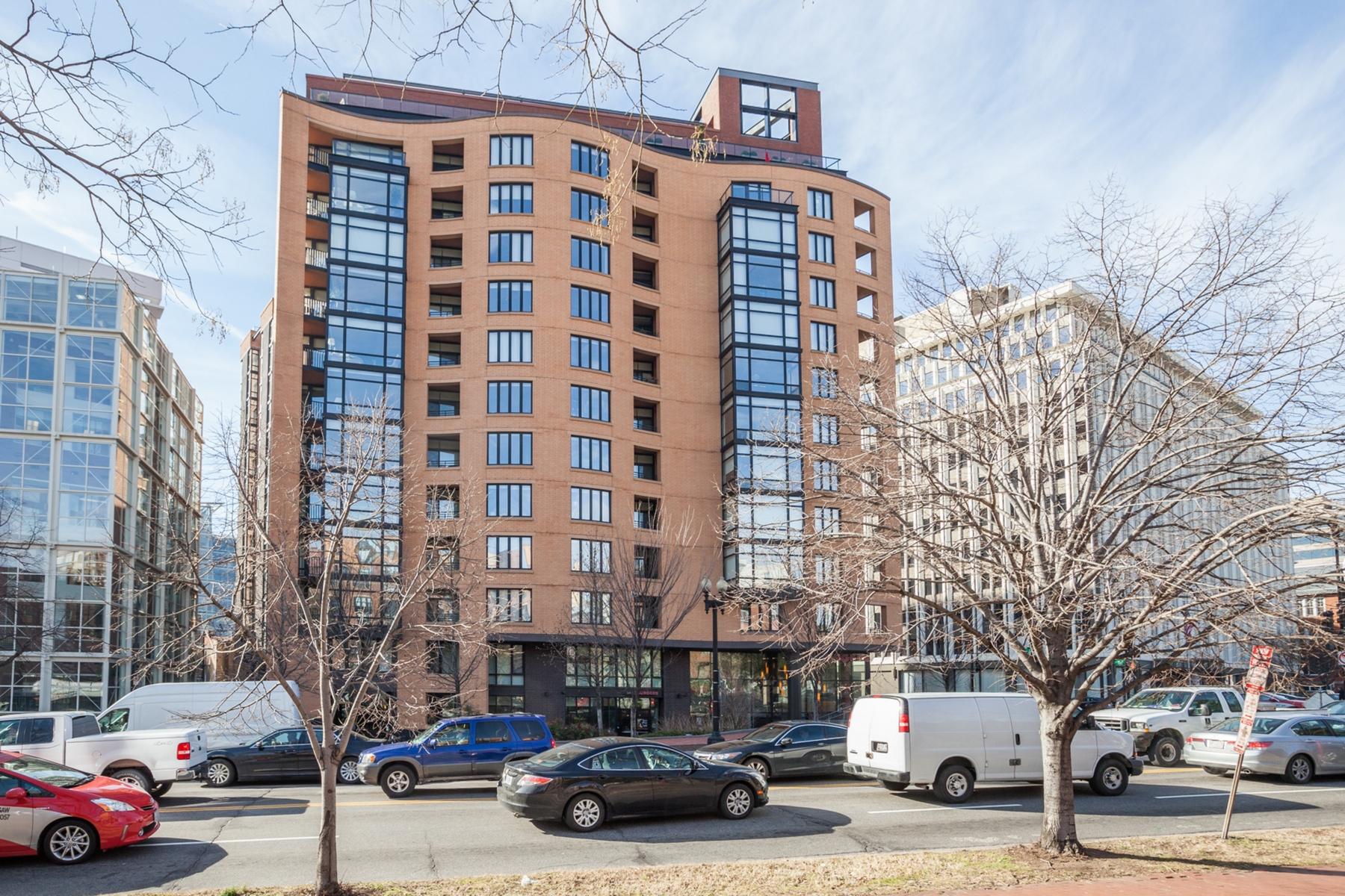 Кооперативная квартира для того Продажа на Logan Circle 1010 Massachusetts Avenue NW #1008 Washington, Округ Колумбия 20001 Соединенные Штаты