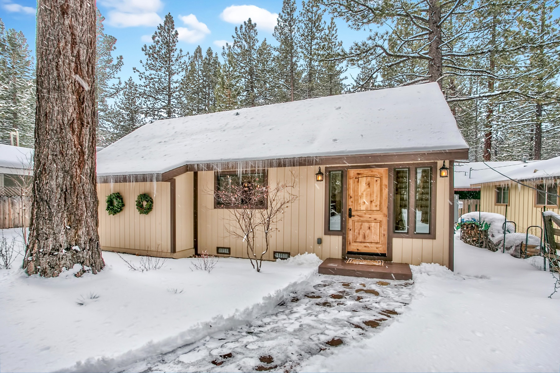 Villa per Vendita alle ore 2943 Oakland Ave. South Lake Tahoe, California, 96150 Stati Uniti