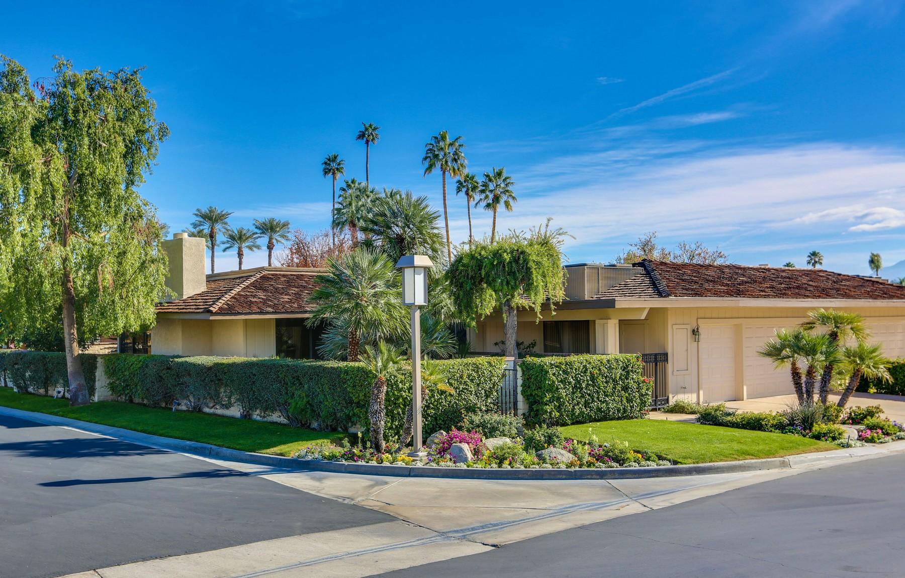 Casa para uma família para Venda às 35 Princeton Drive Rancho Mirage, Califórnia, 92270 Estados Unidos