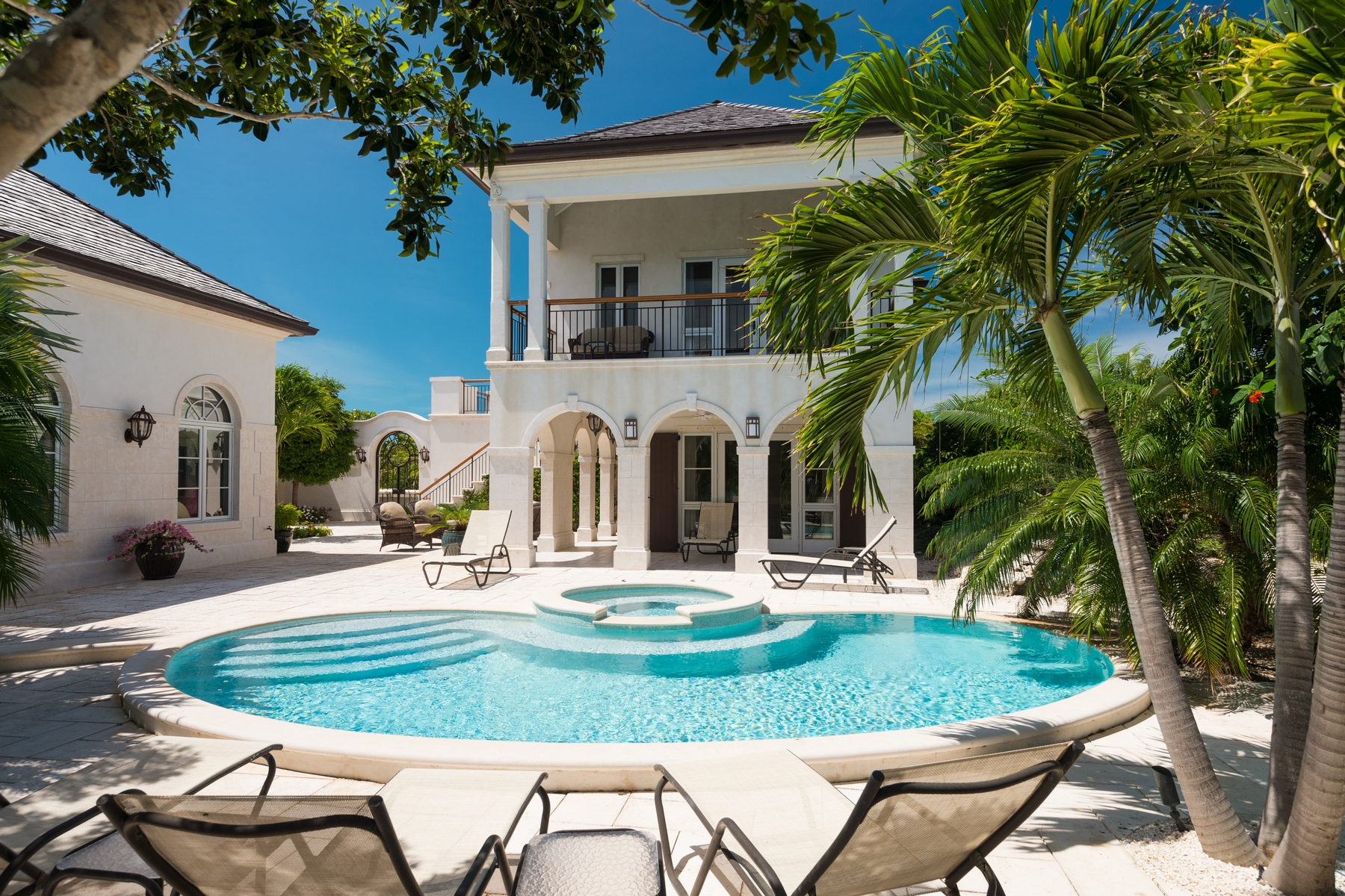 Single Family Home for Sale at Casa Barana Beachfront Thompson Cove, Providenciales TCI BWI Turks And Caicos Islands