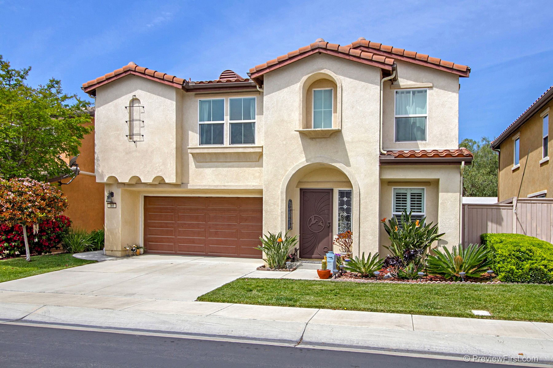 Single Family Home for Sale at 385 Franciscan Way Oceanside, California, 92057 United States
