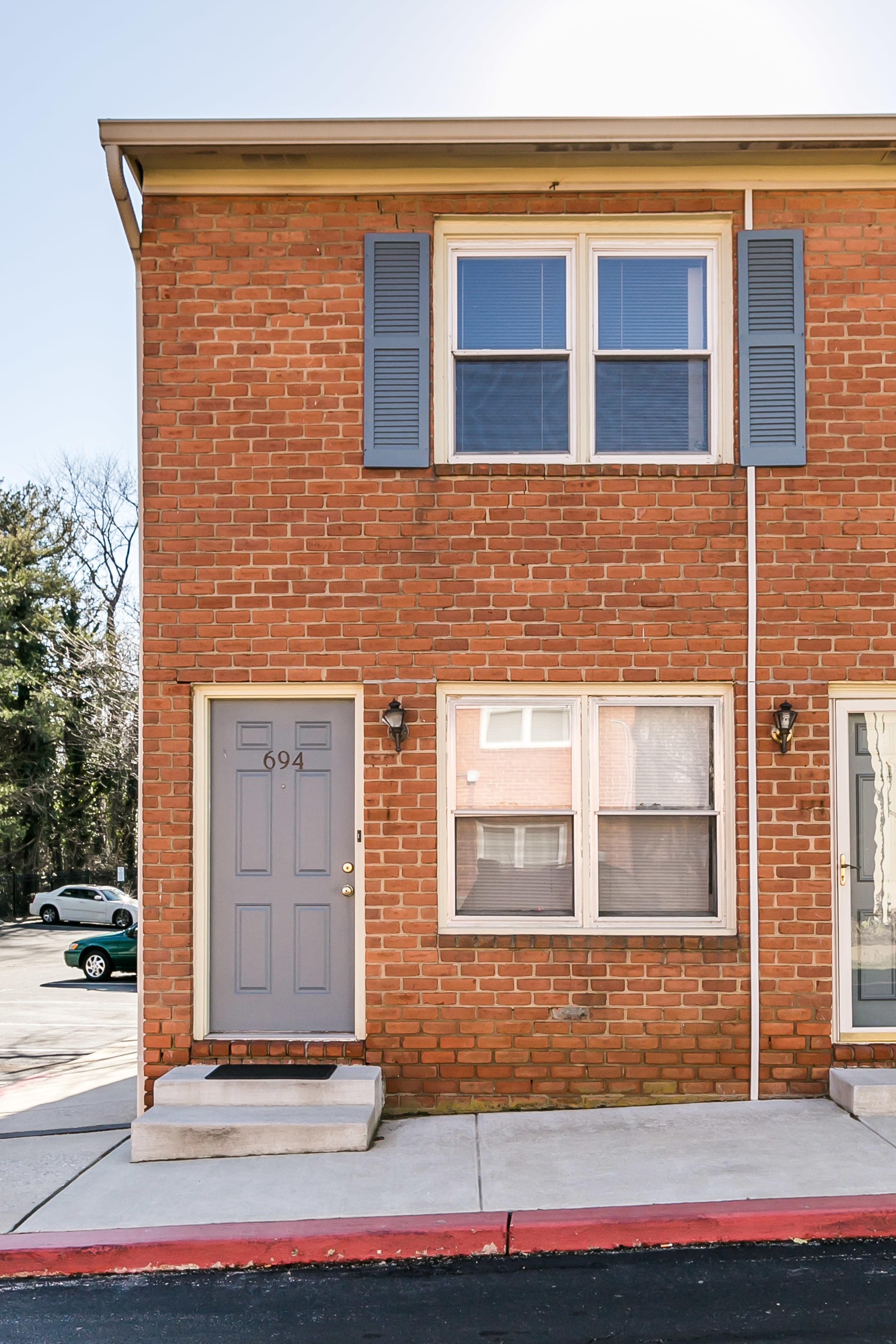 Coopérative pour l Vente à Dutch Glen Condominium 694 Rosedale street #63 Annapolis, Maryland, 21401 États-Unis