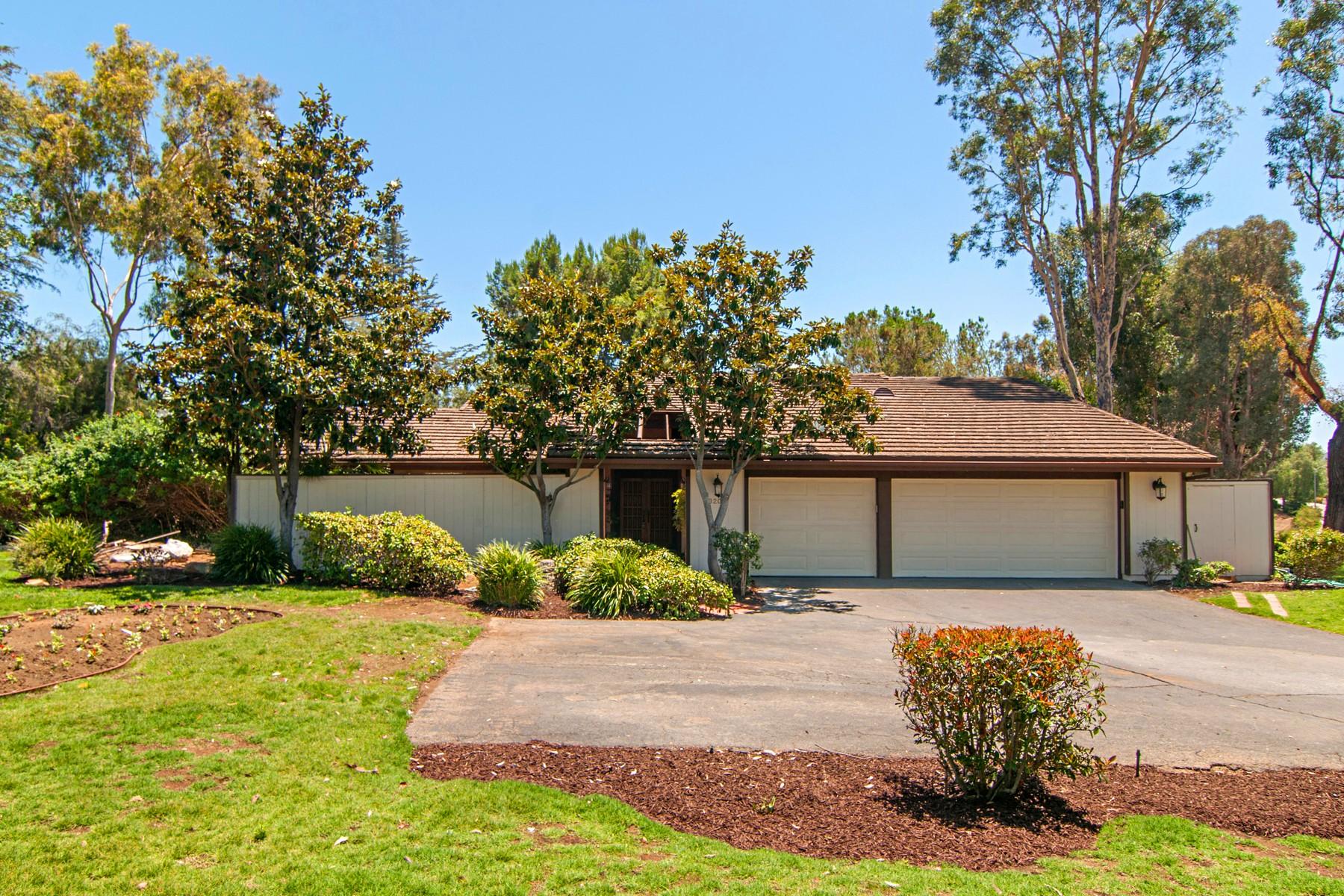 Additional photo for property listing at 3202 Avenida Hacienda  埃斯孔迪多, 加利福尼亚州 92029 美国