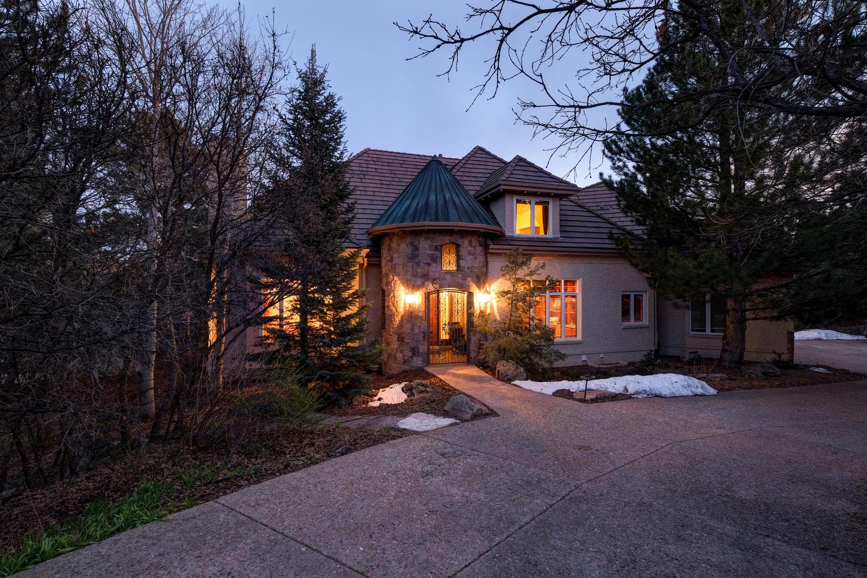 Einfamilienhaus für Verkauf beim 160 Glengarry Pl Castle Pines Village, Castle Rock, Colorado, 80108 Vereinigte Staaten