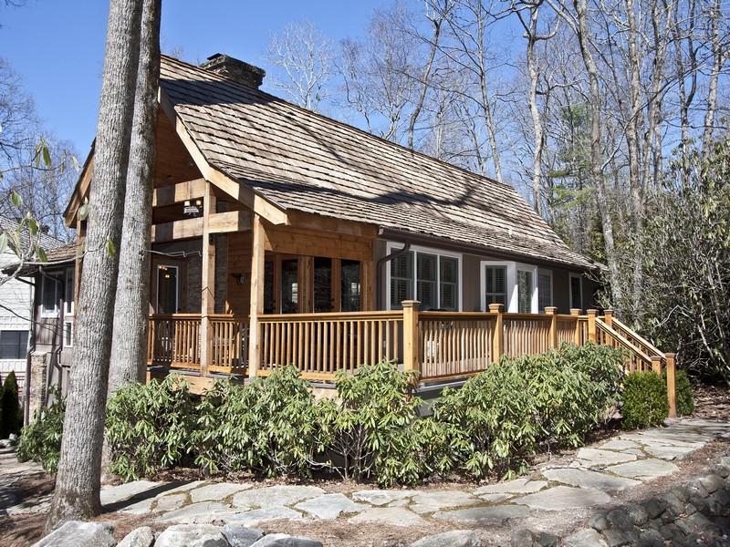 獨棟家庭住宅 為 出售 在 30 Fairway Cottage Lane Highlands, 北卡羅來納州 28741 美國