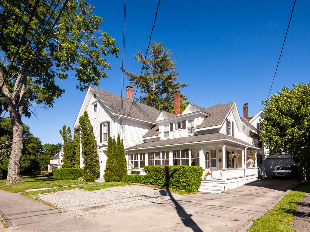 Tek Ailelik Ev için Satış at 3 High Street Camden, Maine 04843 Amerika Birleşik Devletleri