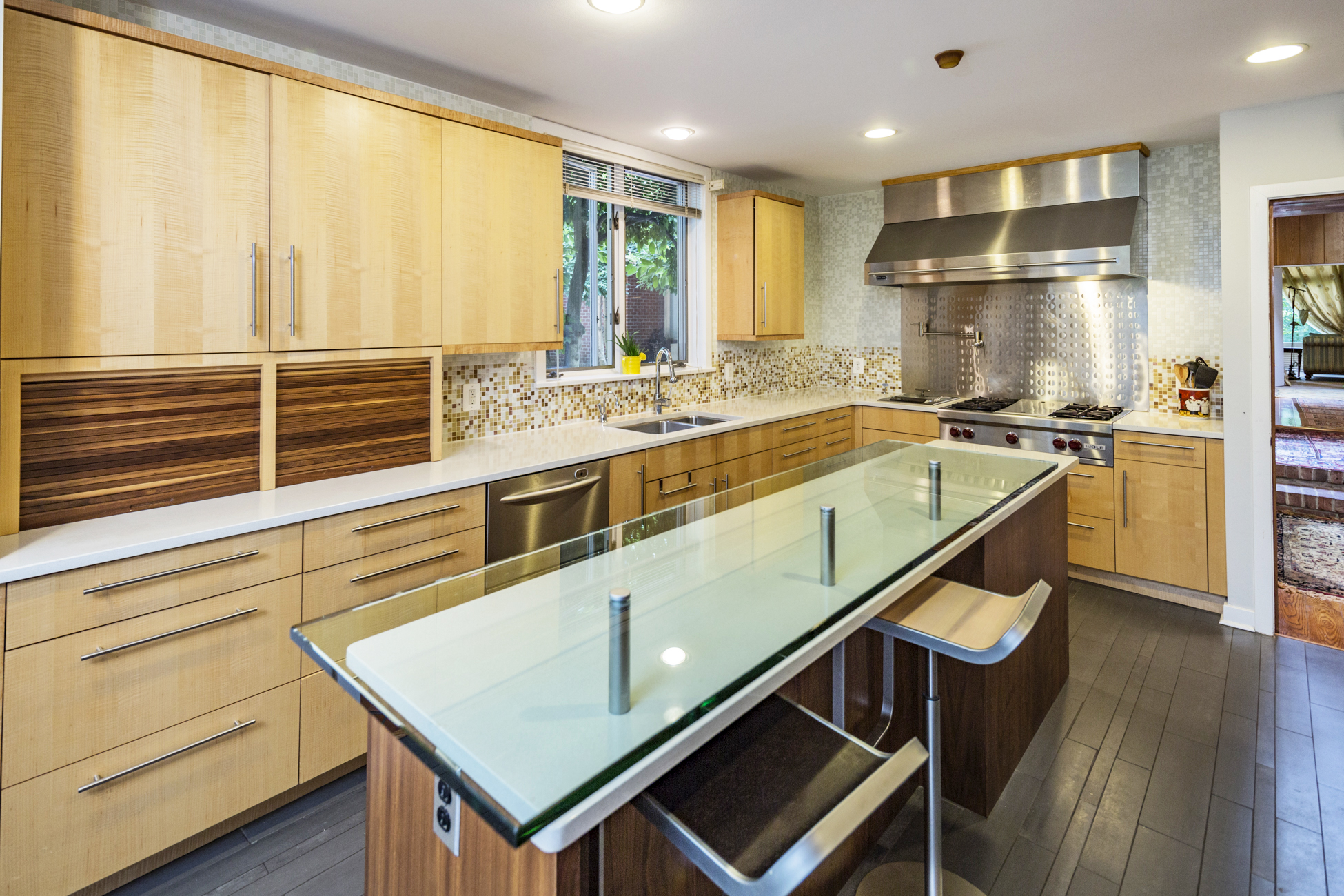 Additional photo for property listing at Impressive Space in Modern Princeton Home 1147 Stuart Road Princeton, Нью-Джерси 08540 Соединенные Штаты