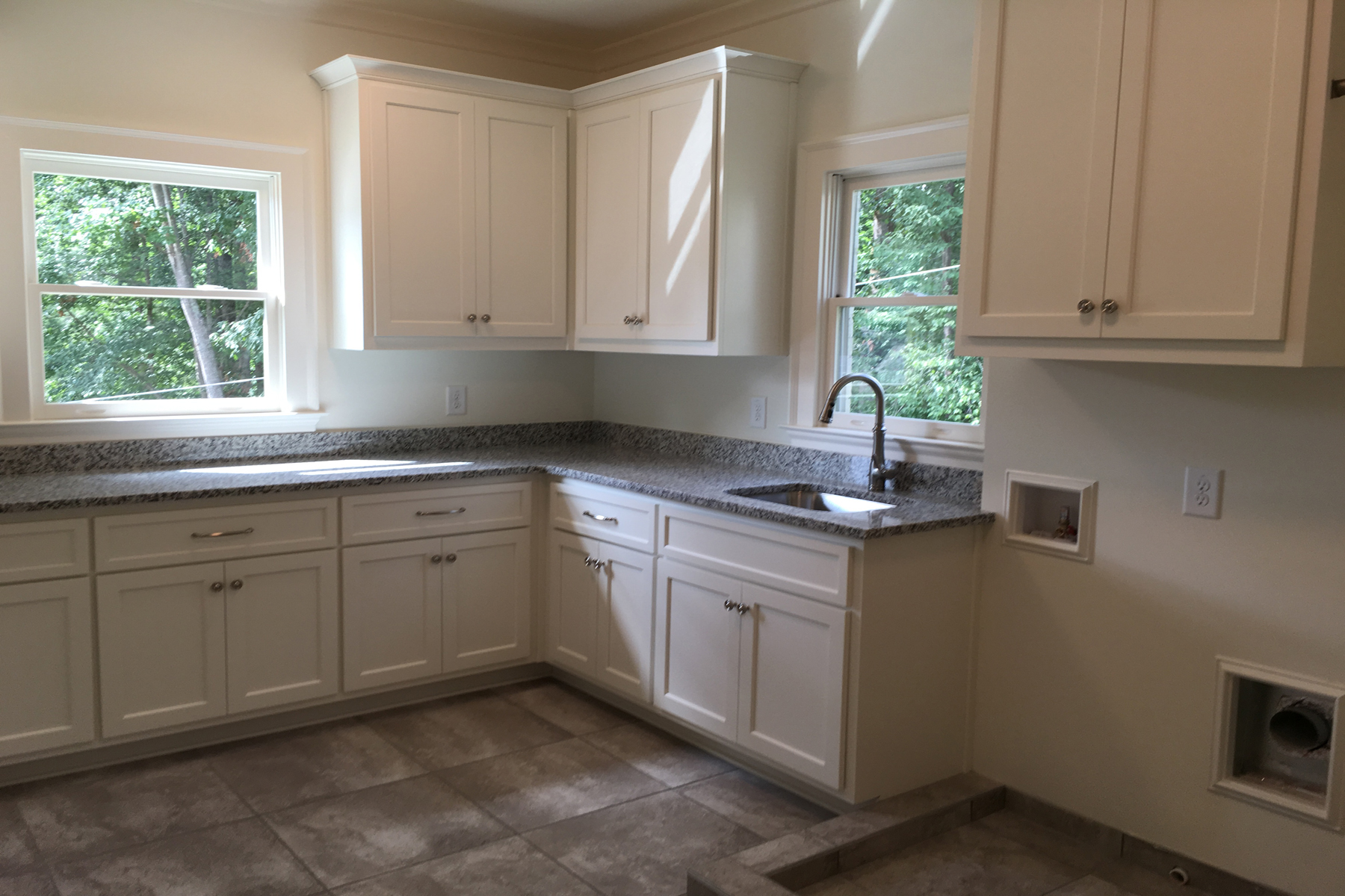 Additional photo for property listing at Amazing New Construction With Walkout Backyard And Attention To Detail 512 Ivy Preserve Court Atlanta, Γεωργια 30342 Ηνωμενεσ Πολιτειεσ