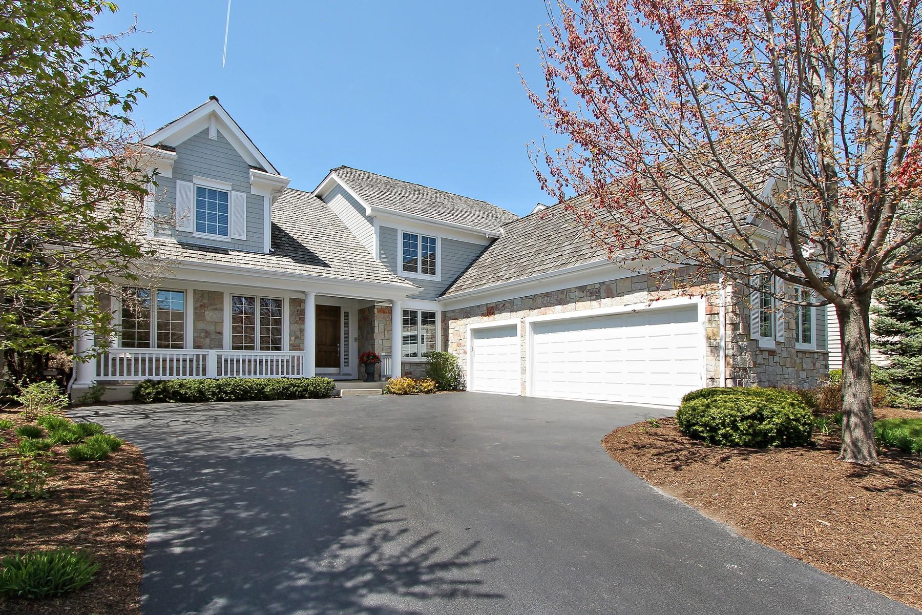 Moradia para Venda às Gorgeous Country Home 23 Dunhill Lane North Barrington, Illinois, 60010 Estados Unidos