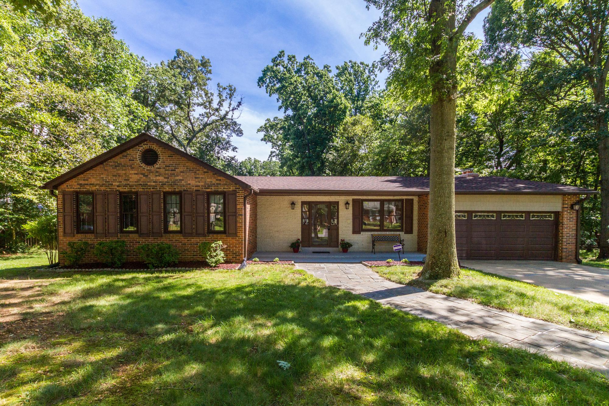Tek Ailelik Ev için Satış at 13505 Piscataway, Fort Washington 13505 Piscataway Dr Fort Washington, Maryland 20744 Amerika Birleşik Devletleri
