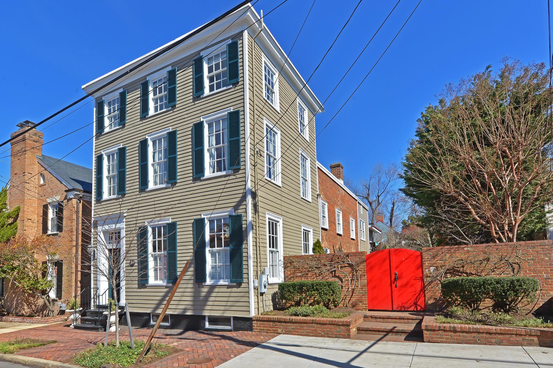Vivienda unifamiliar por un Venta en 606 Fairfax Street S, Alexandria Alexandria, Virginia 22314 Estados Unidos