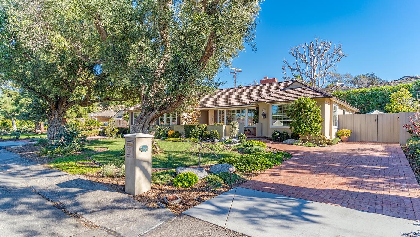 Maison unifamiliale pour l Vente à 2144 Via Pacheco Palos Verdes Estates, Californie, 90274 États-Unis