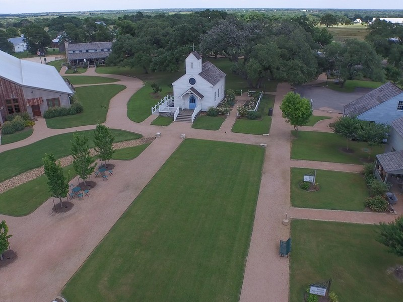 Additional photo for property listing at The Prairie in Round Top, TX 5808 Wagner Rd Round Top, Texas 78954 Estados Unidos