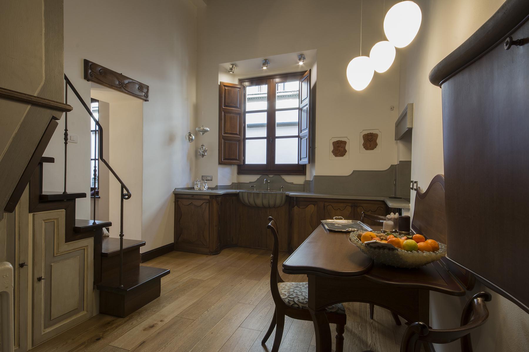 Appartamento per Vendita alle ore Affascinante appartamento nel cuore di Lucca Lucca, Lucca Italia