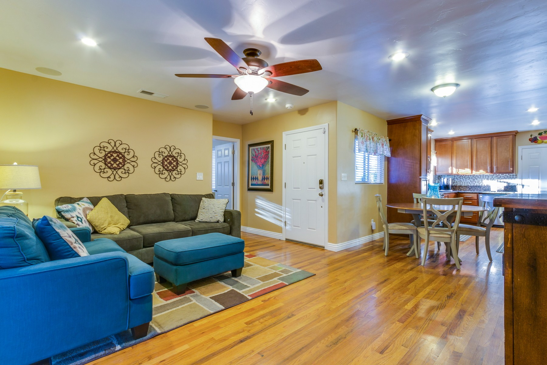 Property For Sale at 531 East Washington