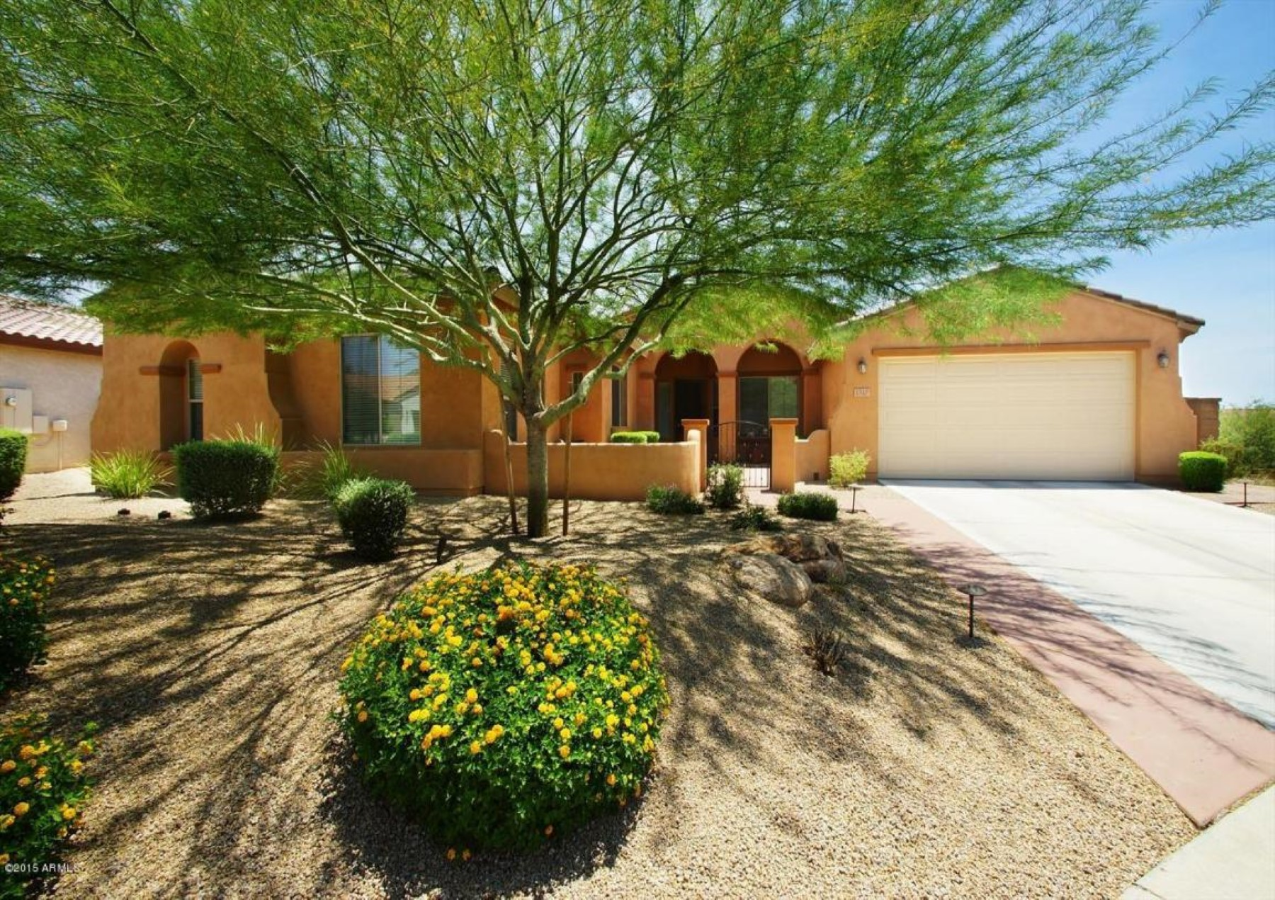 一戸建て のために 売買 アット Home is situated in an exclusive gated community within Sonoran Foothills. 1517 W BRAMBLE BERRY LN Phoenix, アリゾナ 85085 アメリカ合衆国