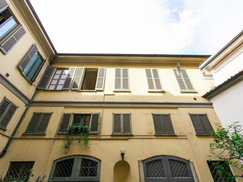 rentals property at Fully furnished 2-bedrooms apartment in Corso Magenta