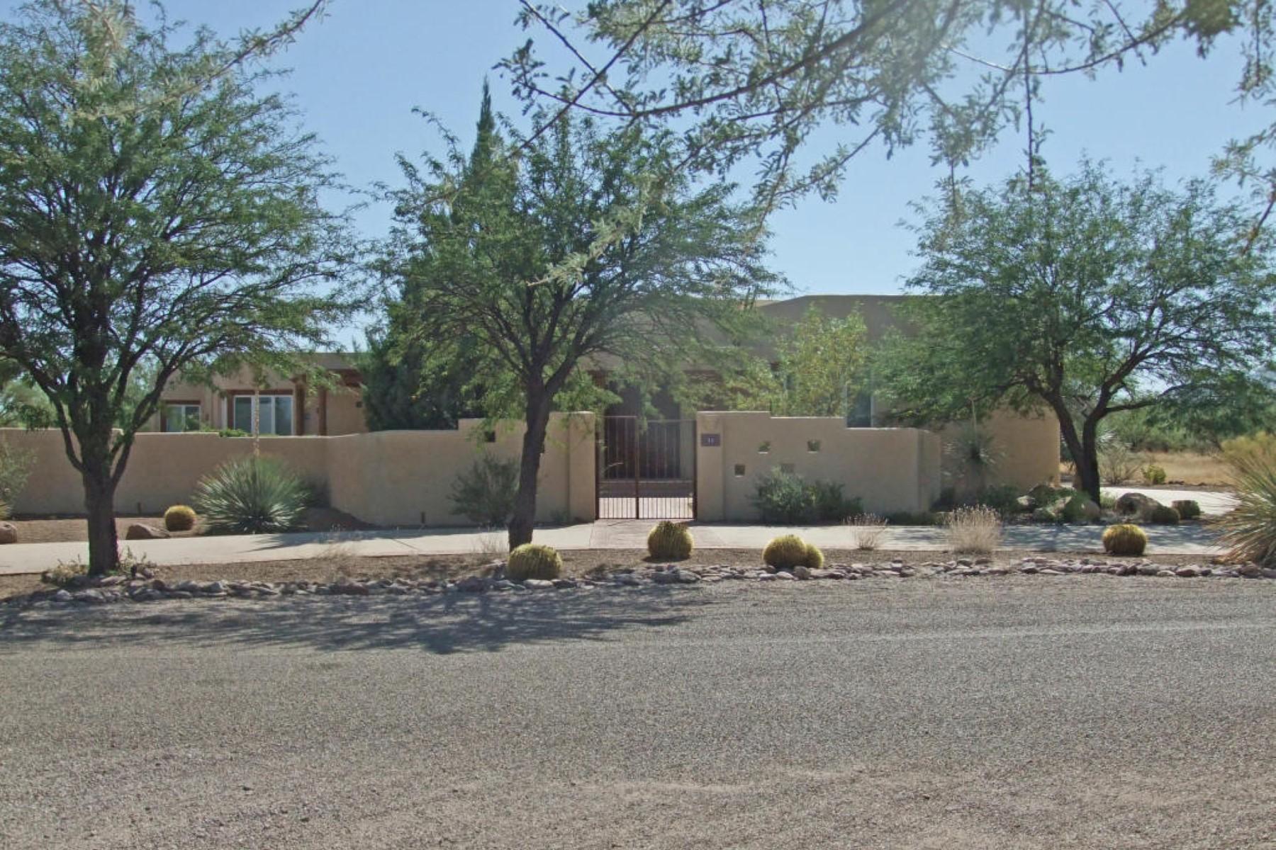 Vivienda unifamiliar por un Venta en Deluxe custom home with huge windows that capture the mountains. 11 Calle Diaz Tubac, Arizona 85646 Estados Unidos