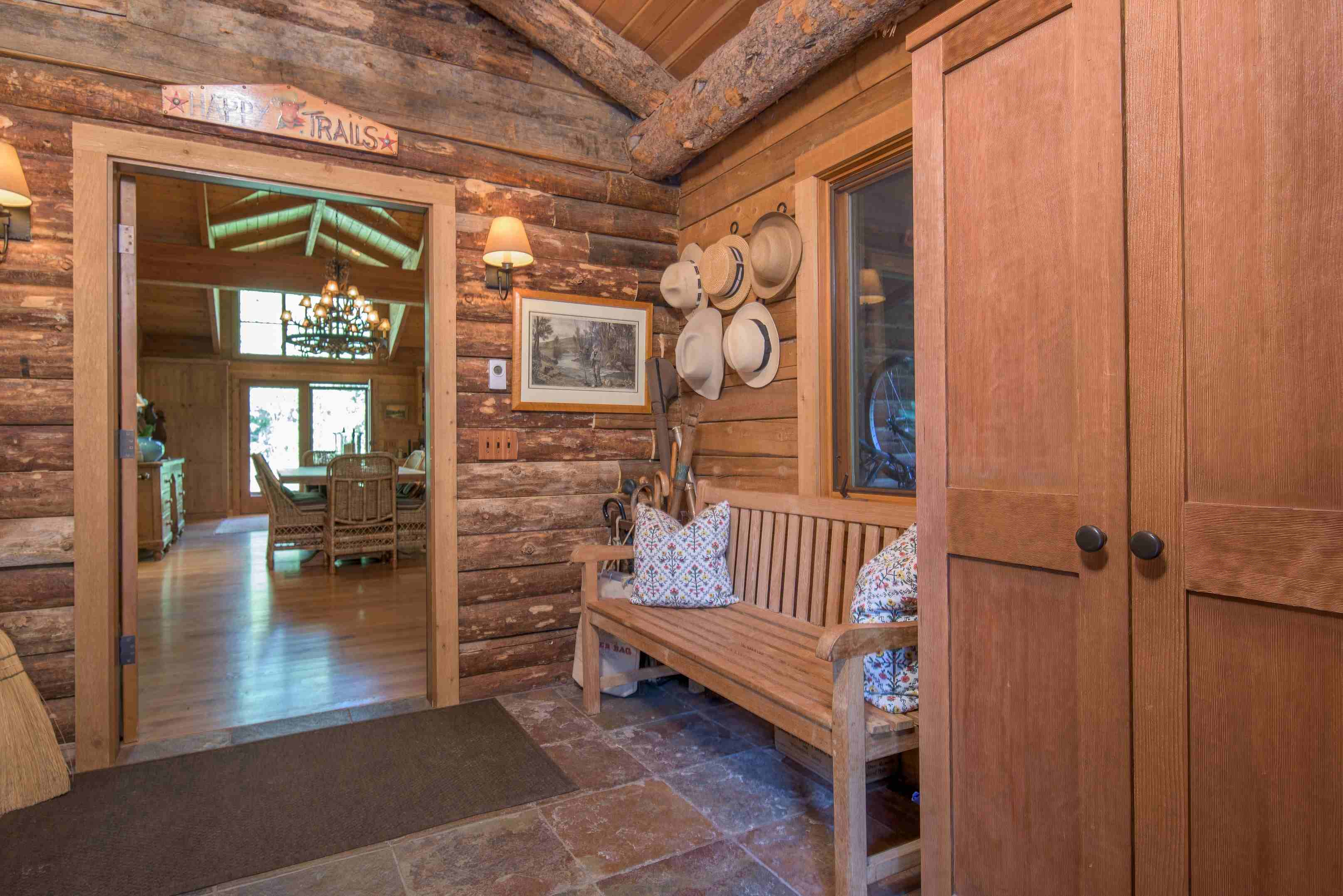 Additional photo for property listing at Captivating Gimlet Compound 102 Deer Run Ketchum, Idaho 83340 États-Unis