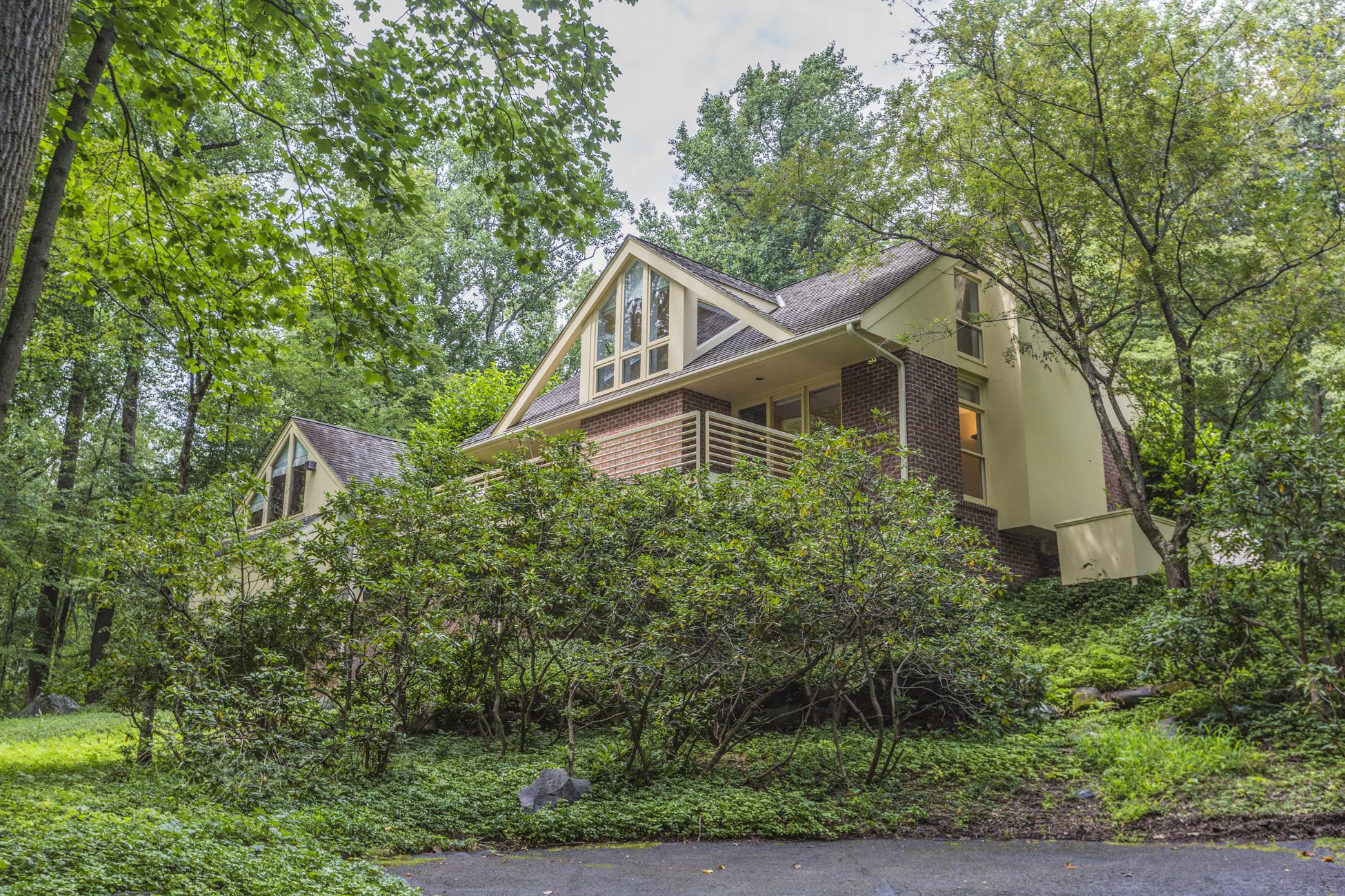 Additional photo for property listing at Impressive Space in Modern Princeton Home 1147 Stuart Road Princeton, Nueva Jersey 08540 Estados Unidos